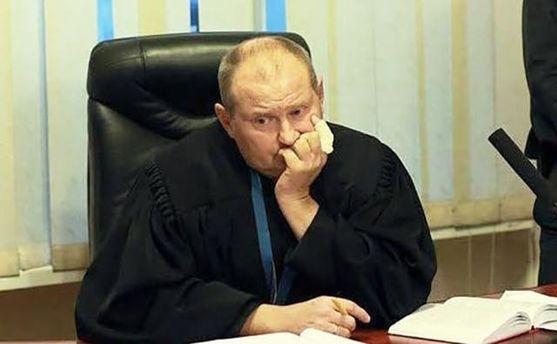 Скандальный судья Чаус сам сдался правоохранителям