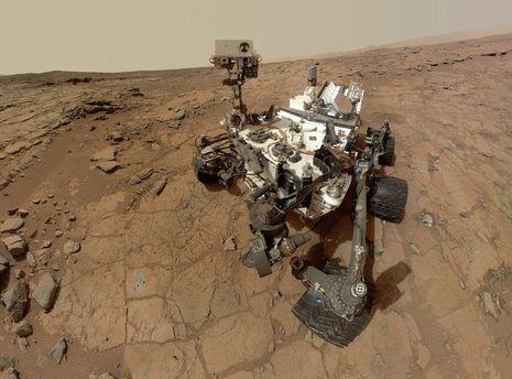 Марсохід Curiosity показав фото торнадо