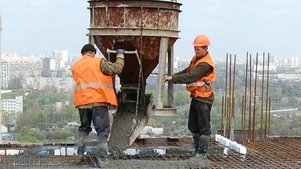 Угорщина потребує українських будівельників