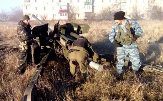 Терористи продовжують обстрілювати мирне населення Донбасу