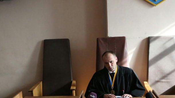 Суддя Олександр Бобровник