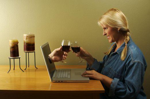 Самотність та ілюзія в соціальних мережах