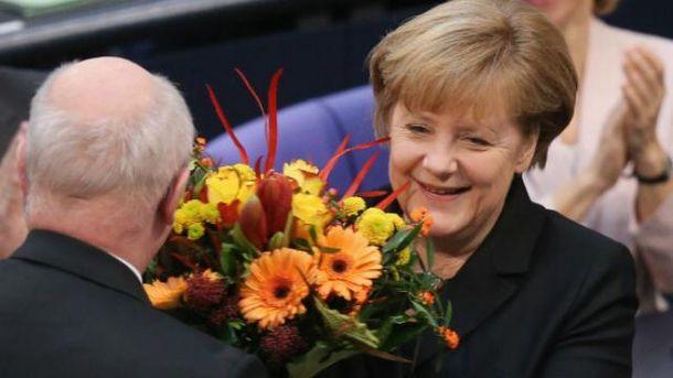 Ангела Меркель уже несколько лет подряд пытается возобновить