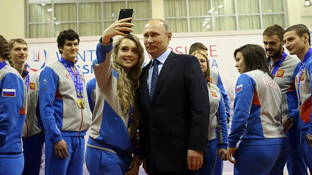 При таких мачо, как Путин, каждая жертва пропаганды хочет выйти замуж