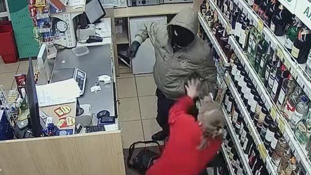 Напад на продавчиню у Тернополі