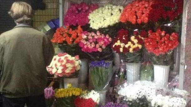 15-річний хлопчина викрав троянд на понад 3 тисячі гривень