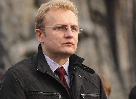 Садовий закликав Порошенка не забувати, хто є справжнім ворогом України