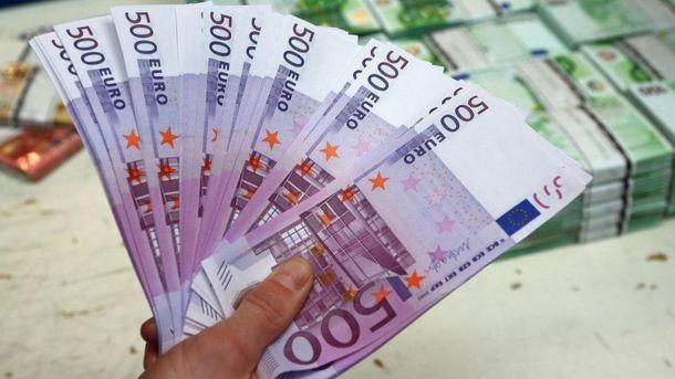 Євро подорожчав одразу на 15 копійок