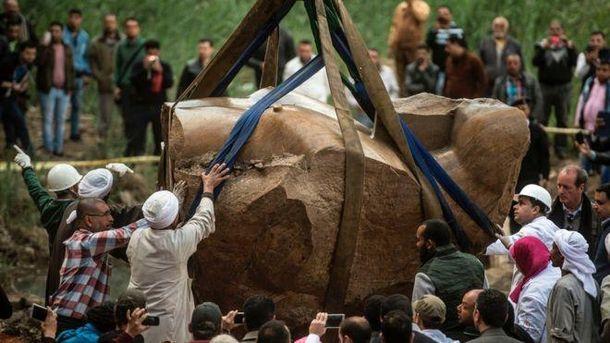 Старинная скульптура в Египте