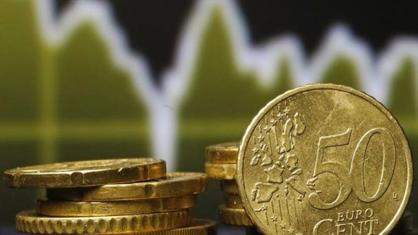 Євро продовжує стрімко дорожчати