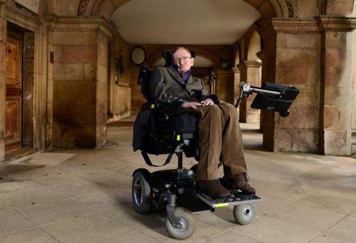 Стивен Хокинг планирует путешествие в космос