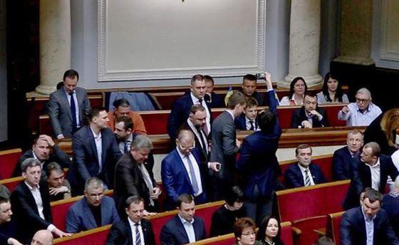 Денисенко и Урбанский кнопкодавят