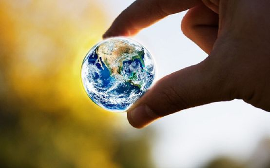 Людство знищує планету