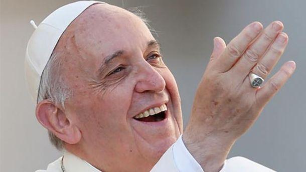 Дівчинка розсмішила Папу Римського