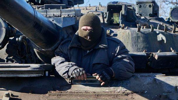 Боевик в Донбассе