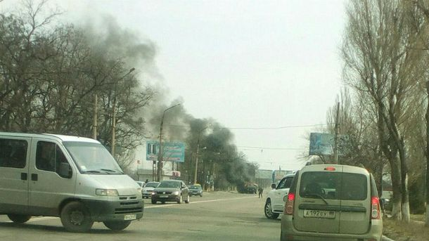 Загорілись вантажівки, що везли  боєкомплект для бойовиків