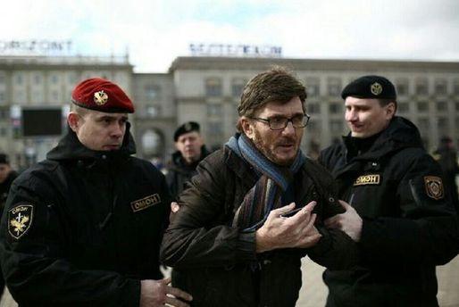 Силовики затримують протестувальників у Мінську