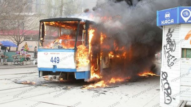 Трамвай загорелся в Запорожье