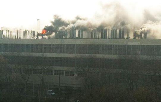 З'явилися деталі і відео пожежі на заводі в Харкові