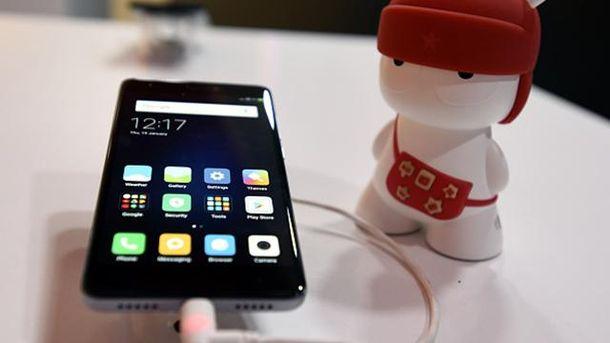 Скоро смартфон Xiaomi можна буде складати