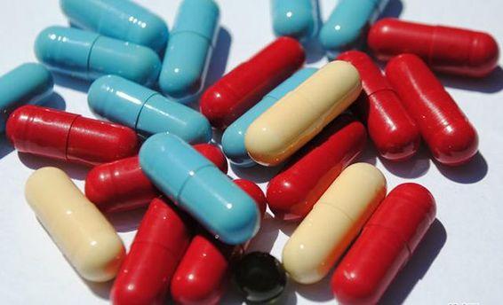 Минздрав призывает Кабмин запретить в Украине торговать лекарствами из России