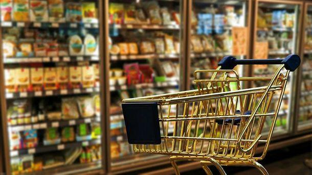 Ціни у Севастополі такі, що продукти слід складати лише у золотий візочок