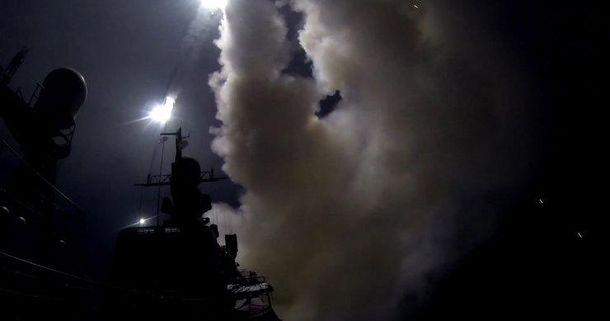 Ракетный удар по сирийской авиабазе Шайрат