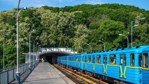 Проїзд у києвському метро подорожчає