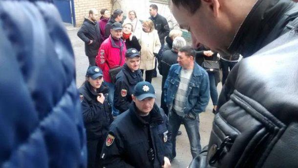 На место драки в Одессе вызвали полицию