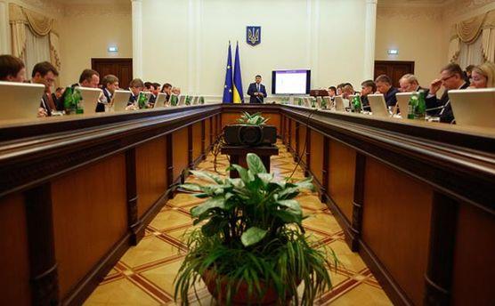 Кабинет министров и Гройсман не успели выполнить все свои обещания за год работы