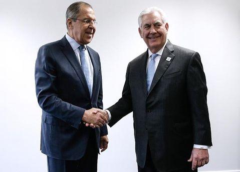 Лавров і Тіллерсон поговорили про Україну