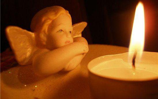 Хлопчик загинув від падіння меморіальної дошки у Краснограді
