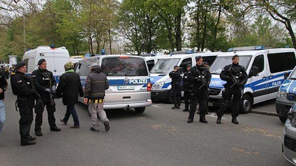 У Німеччині триває слідство щодо вибухів біля автобуса