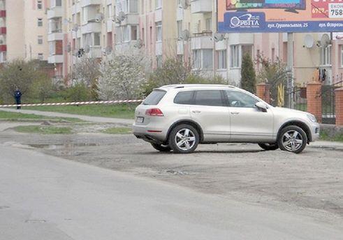 В Хмельницкой области предотвратили покушение на бизнесмена: опубликовали фото