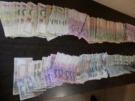 Гражданин Узбекистана хотел вывезти из зоны АТО немало денег