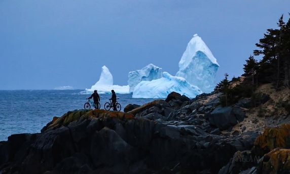 Айсберг біля Канади