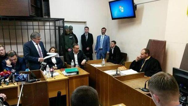 Суд отказал защите Мартыненко