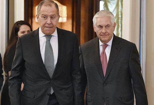 Тиллерсон поговорил с Лавровым о ситуации в Сирии