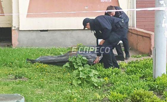 В Киеве мужчина совершил самоубийство