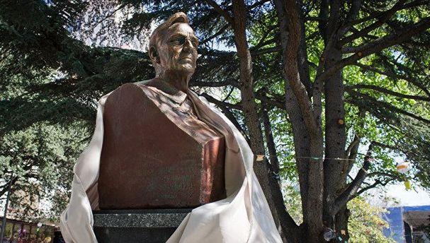 В окупованому Криму відкрили пам'ятник американському президенту