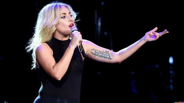 Lady Gaga тепер не блондинка