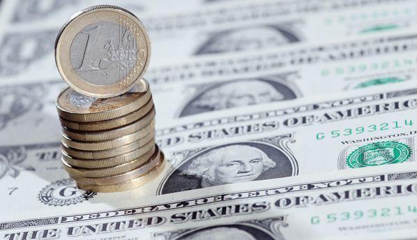 Евро прибавил в цене