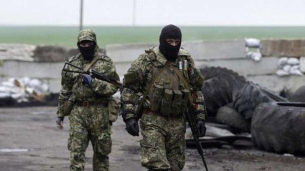 Боевики ДНР обстреляли изминометов жилые кварталы Марьинки