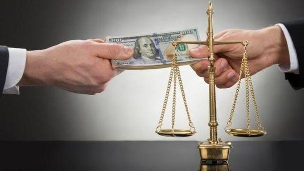 Закон про Антикорупційний суд від України вимагають вже в червні