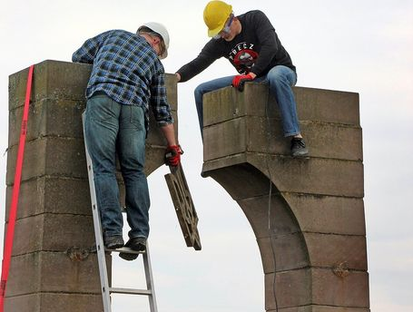 Демонтаж пам'ятника у Грушовичах