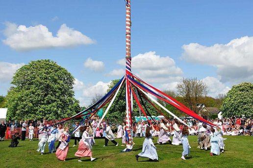 На майские праздники в Европе проходят разные фестивали
