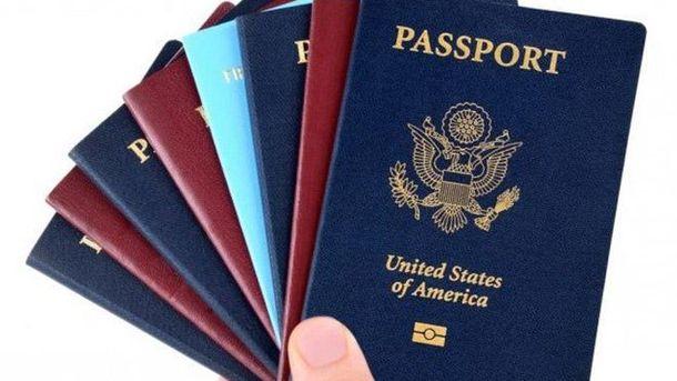 Двойное гражданство чиновников
