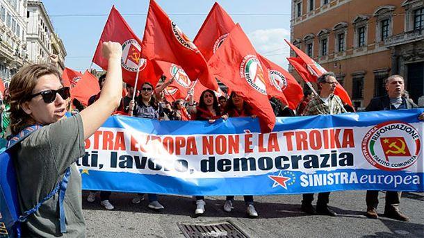 Итальянская коммунистка Элеонора Форенца на митинге против объединенной Европы