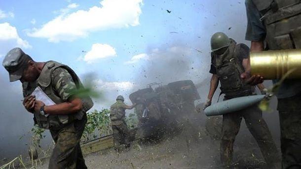 Терористи по Мар'їнці б'ють 82-міліметровими мінометами
