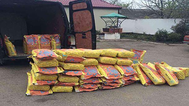 Чоловік викрав 53 мішки насіння соняшнику